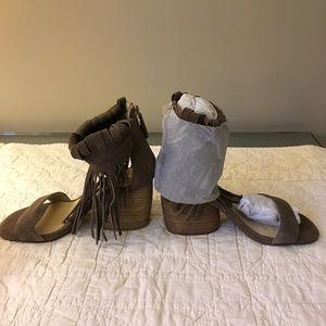 Matiko Women's Morgan Sandals-Never Worn